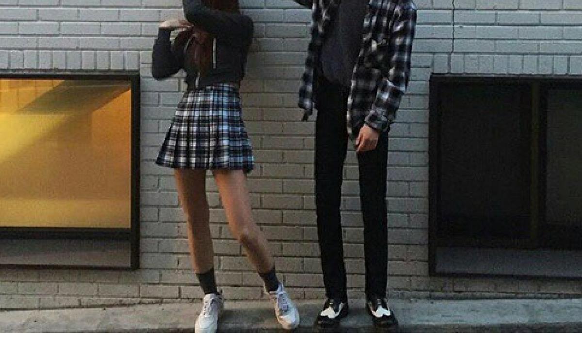 Muitos modelos do que se entende por K-fashion e do que está na tendência de moda coreana podem ser encontrados aqui: http://cute-k-fashion.tumblr.com