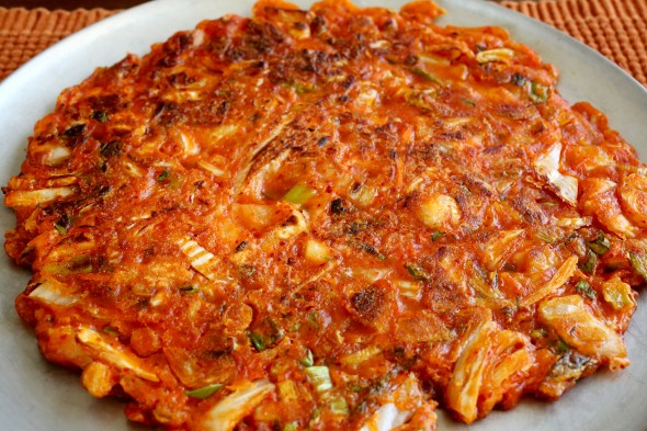 kimchi-jeon-590x393